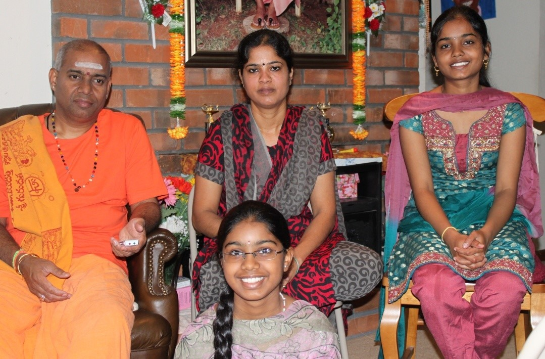 100-Devotee Experiences ~ Srinivas Shastry and Padma Gandluru, Mysore